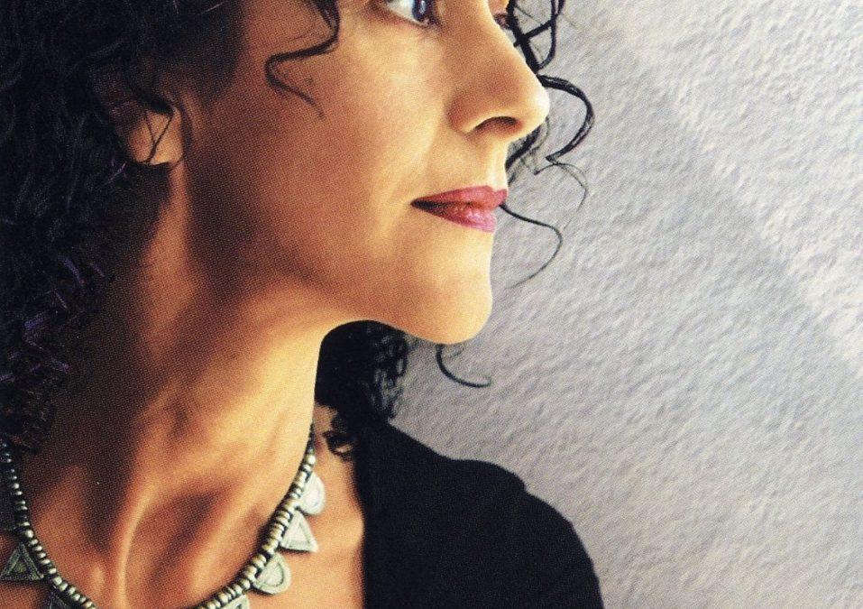 La chanteuse grecque Angelique Ionatos est décédée le 8 juillet à l'âge de 67 ans